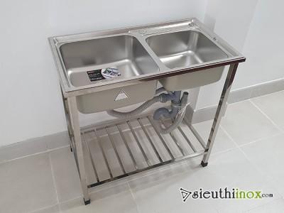 Chậu rửa bát inox kèm chân, inox 304, 2 hố lệch, S80 Sơn Hà