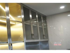 Tủ đứng inox cánh kính dùng trong nhà bếp