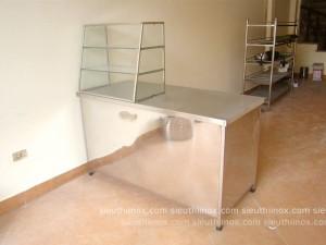 Tủ quầy bán hàng kệ kính nhỏ K14070