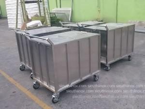 Xe thùng inox