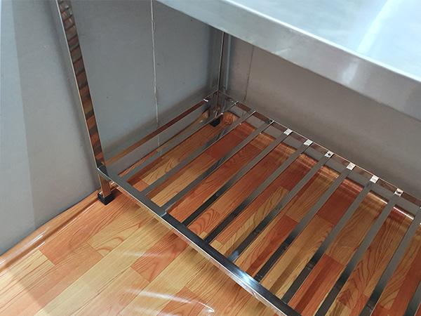 Bàn chặt inox 2 tầng, inox 304